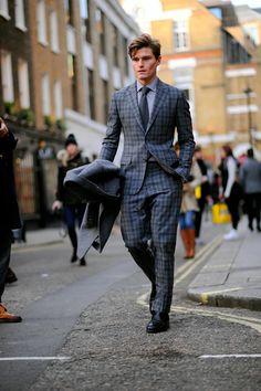 London – Oliver Cheshire. Photo © Wayne Tippetts