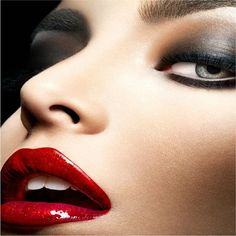 Tips and advice on living healthy and beauty : BEST LIP COLOURS FOR YOUR SKIN TONE