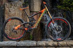 Pro Bike Check: Brendan Fairclough's Rampage Scott G. Freeride Mtb, Scott Bikes, Mt Bike, Bmx Bicycle, Skate, Mtb Trails, Downhill Bike, Cycling Bikes, Cycling Art