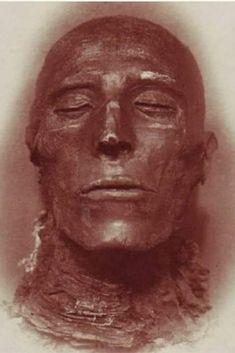 Pharaoh Seti I Ancient Egyptian Art, Ancient Aliens, Ancient History, Egyptian Mummies, Empire Romain, Art Asiatique, Ancient Civilizations, Egyptians, Ancient Artifacts