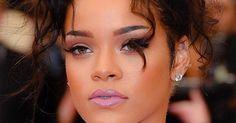 Nicht nur die Lippen, sondern auch die Augenlider dürfen 2015 feucht schimmern. Der Mega-Trend:GlossyEyes!
