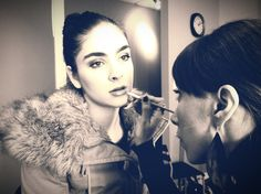Beginner Student working on VMMA makeup model in-class - Beauty look   #makeupschool #makeuplessons #makeup #makeupartist #makeupcourses #makeuptutorial #tutorial #learnmakeup #beautyschool #mua #makeupartistry #westvancouver #vancouverbc #vancouver #northvancouver