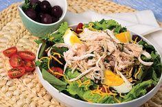 PRONACA RECETA: Ensalada de Pollo desmechado aceitunas y Huevo