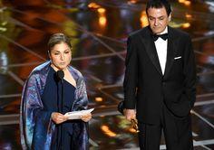 l'astronauta Anousheh Ansari legge la lettera di Asghar Farhadi, premiato per la migliore pellicola straniera (Il Cliente) |.| Oscar 2017