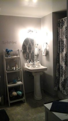 Purchased pedestal from the Home Depot, installed mirror and ladder shelf.  Exactly the look I was going for.  Had fun wih this project!