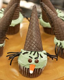 witch halloween cupcakes!
