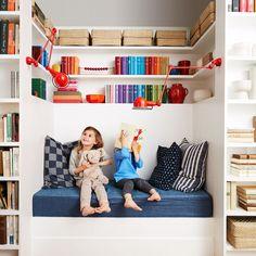love. Ikea Kallax Shelving, Wall Shelving, Ikea Units, Room For Improvement, Cozy Nook, Diy Home Decor Projects, Reading Nook, Home Lighting, Kids Bedroom
