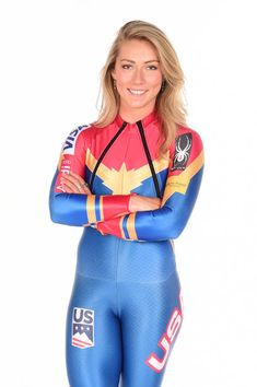 Mikaela Shiffrin Photos - Alpine skier Mikaela Shiffrin poses for a portrait during the Team USA PyeongChang 2018 Winter Olympics portraits on April 2017 in West Hollywood, California. Bicycle Women, Bicycle Girl, Ski Girl, Sport Girl, Sexy Jeans, Skinny Jeans, Mikaela Shiffrin, Yoga Pants Girls, Sport Outfits