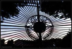 ....a San Giorgio Canavese... il cancello di Villa Falconieri... immobile guardiano di ricordi... #SanGiorgioCanavese #silhouette #canavese #San_Giorgio_Canavese #Piemonte #Italy #Tramonto #sunset