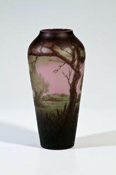 Vase mit Landschaft Josef Riedel, Polaun, für Max. Beautiful scenic landscape Circa 1922-1925
