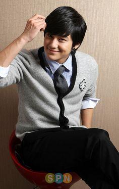 Kim Bum's photo