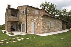 Villa Privata By Aldo Simoncelli Pergola, Italy