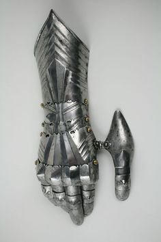 """darksword-armory: """" Historically, gauntlets were used by soldiers and knights. It was considered an important piece of armour, since the…"""