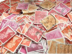 Used Postage Stamp Packet: British Machin stamps in mixed shades of red, orange and pink  * * * * * You will receive a random selection of postage stamps in red, orange, and pink shades (a random mix of light, bright & dark) - denominations vary, and number of different variations within any one packet may also vary. There will be duplicates and multiples of most stamps in the packet.  Stamps all feature the iconic Machin definitive design of Queen Elizabeth II which were first released i...