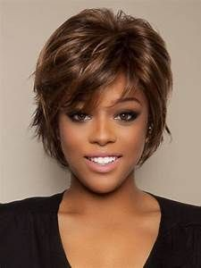 16 Easy Short haircuts for Thick Hair Thick Short Hair Cuts, Short Hairstyles For Thick Hair, Haircut For Thick Hair, Short Hair Styles Easy, Short Hair With Layers, Shag Hairstyles, Different Hairstyles, Wavy Hair, Natural Hair Styles