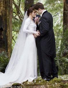 Bella and Edward - Wedding photo