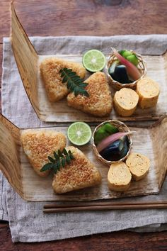 Grilled 'onigiri' rice balls, tamagoyaki egg rolls served with tsukemono pickles . Cute Food, Yummy Food, Japanese Food Art, Aesthetic Food, Food Packaging, Snack, Food Presentation, Food Design, No Cook Meals
