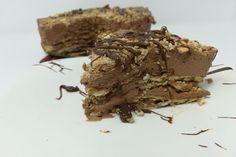 La torta fredda nutella e biscotti è un dolce facilissimo da preparare e davvero irresistibile grazie al mix di crema spalmabile alle nocciole, panna...
