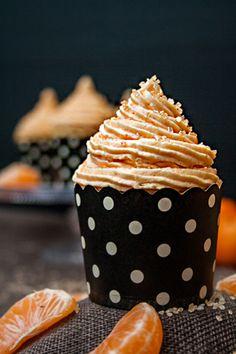 Rezept: Fantakuchen-Cupcakes mit Mandarinenfrosting