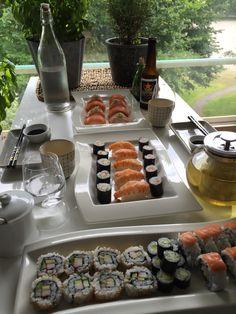 Sushi Chocolate Fondue, Sushi, Desserts, Food, Postres, Deserts, Hoods, Meals, Dessert