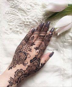 New Henna Designs, Latest Arabic Mehndi Designs, Finger Henna Designs, Indian Mehndi Designs, Wedding Mehndi Designs, Simple Mehndi Designs, Mehndi Designs For Hands, Mehandi Designs, Legs Mehndi Design