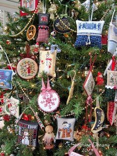 Stitching Dreams: O Christmas Tree
