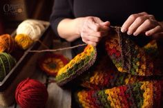 reckless-stitches:  dreaminvintage:  Quite inspired to create an Autumn inspired blanket!   -Found here!   amazing colours