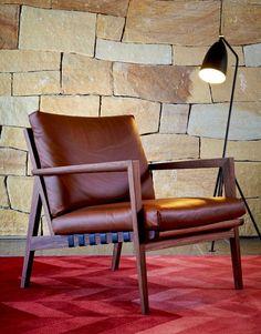 Blava Easy chair by Ritzwell Chair Design, Furniture Design, Office Furniture, Diy Furniture, Rivage, Lobby Design, Stool Chair, Lodge Style, Mid Century Chair