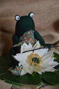 żaba szmaciana, żabka, zając, juta, rękodzieło, tilda, zabawki szyte ręcznie, lalki artystyczne, królik tilda, tilda, myszki, koty, szmaciane