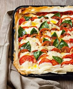 Jane-Anne Hobb's Hot Caprese Tart on Phyllo. Image by Michael Le Grange, courtesy of Random House Struik. Supper Recipes, Brunch Recipes, Appetizer Recipes, Appetizers, Big Meals, Family Meals, Good Food, Yummy Food, Cookery Books