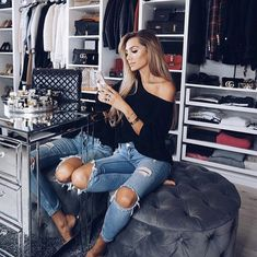 Inspiration : Beautiful world_fashion_styles dajanaic … Clip In Extensions, Lucy Hale, Zara Europe, Beautiful Outfits, Cute Outfits, Highlights, Street Style, Costume, Celebrity Look