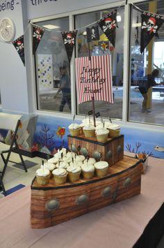 Homemade Pirate Ship Cupcake Display Pirate Birthday, 4th Birthday, Birthday Parties, Pirate Food, Pirate Theme, Homemade Pirate Costumes, Pirate Party Decorations, Pirate Cupcake, Pirate Crafts
