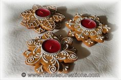 Christmas Gingerbread Ornaments and Candleholder - Classes including Hungarian Gingerbread Artist Tunde Dugantsi - Classes Gingerbread Ornaments, Christmas Gingerbread, Gingerbread Cookies, Christmas Cookies, Gingerbread Houses, Diy Candles, Christmas Time, Xmas, Christmas Stuff
