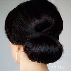 | {#WeddingInspiration} Clean & Sleek #Chignon #updo from @powderincmakeup