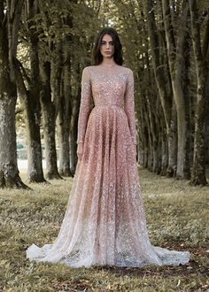For an enchanted forest a fairytale wedding dream dress from the haute couture collection, Gilded Wings of Paolo Sebastian is what you need, don't you think? Wedding gown of Paolo Sebastian and photo by Simon Cerere.