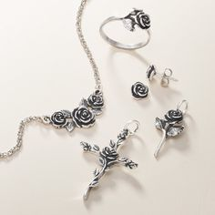 These detailed depictions of one of nature's most beautiful flowers are symbolic of love and beauty, captured in sterling silver or gold. Silver Jewellery Indian, Gold Jewellery Design, Silver Jewelry, Fashion Jewelry Necklaces, Trendy Jewelry, Fashion Rings, Payal Designs Silver, Rajputi Jewellery, James Avery