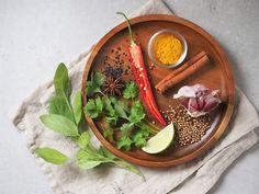 Dieta 2000 kcal - darmowy plan żywieniowy do pobrania Serving Bowls, Tableware, Diet, Dinnerware, Tablewares, Dishes, Place Settings, Mixing Bowls, Bowls
