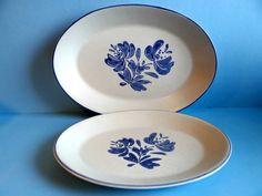 Vintage Pfaltzgraff Yorktowne Platter Set of Two, Pfaltzgraff Stoneware Platters, Kitchenware, Serving, Collectible, Wedding, Dinnerware
