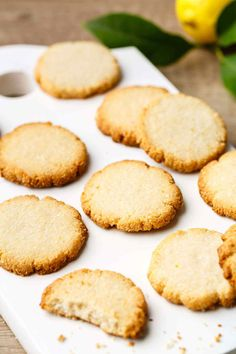 Keto Lemon cookies: if using sugar free syrup. Mind-Blowing Lemon Cookies (Made with Almond Flour) Almond Flour Cookies, Paleo Cookies, Lemon Cookies, Gluten Free Cookies, Almond Flour Desserts, Almond Flour Brownies, Almond Flour Biscuits, Baking With Almond Flour, Gluten Free Sweets