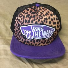 Purple & Leopard Vans SnapBack hat Never worn! Super cute for summer! I will respond to offers made via the offer button. Vans Accessories Hats