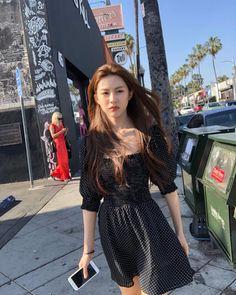 Asian Fashion, Girl Fashion, Fashion Outfits, Korean Beauty Girls, Asian Beauty, Ulzzang Korean Girl, Uzzlang Girl, Foto Instagram, Asia Girl