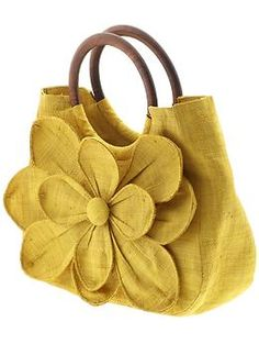 Guadeloupe Flower Tote by Mar Y Sol  ~  I would love to try and create a larger version of this...