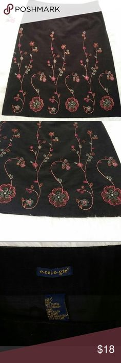 """E-Col-O-Gie Brown Embroidered Corduroy Skirt Just beautiful!  Perfect for fall with boots and tights! Skirt is 22 1/2"""" long. Smoke free home. Machine washable. Waist is 29"""". Side zip. Fully lined. ecologie Skirts Mini"""