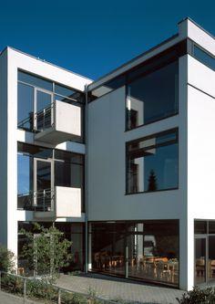 Zamel Krug Architekten Gemeindezentrum Grundschöttel
