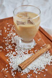 Agua de horchata con un toque de café