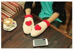 Women Cute Love Heart Winter Full Mittens Warm Gloves