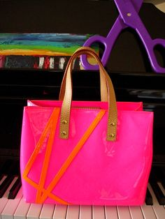 RARE Robert Wilson LOUIS VUITTON PINK Flouro Purse Bag Tote Tote LV Accessory