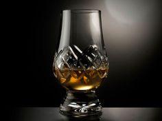 WHISKEY GLASSES: FUSING DESIGN & FUNCTION