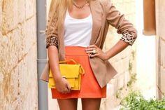 Love the yellow clutch!