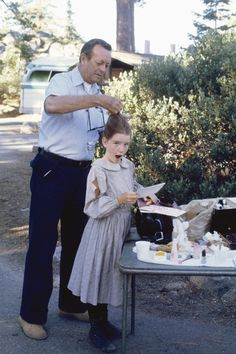 PRAIRIE 'The Lord is My Shepherd Part Episode 14 Air Date Pictured Hair stylist Larry Germain Melissa Gilbert as Laura Ingalls Wilder Photo by. Melissa Gilbert, Laura Ingalls Wilder, Lorde Hair, Ingalls Family, Michael Landon, Lord Is My Shepherd, Scene Photo, Classic Tv, Facon